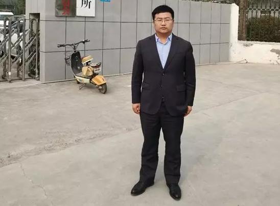 2019年4月11日,李晓东律师前往长垣县看守所会见涉嫌虚假诉讼罪、强迫交易罪、寻衅滋事罪、非法拘禁罪的程某,并前往长垣县检察院复制二次补充侦查后与其它四位嫌疑人并案的卷宗。