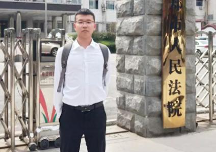 王含庆律师前往新郑市人民法院参加石某参加黑社会性质组织罪、敲诈勒索罪等一案庭前会议。