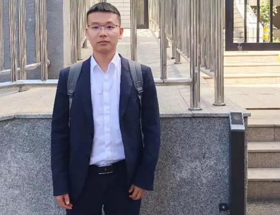王含庆律师、前往北京市海淀区人民检察院对涉嫌非法吸收公众存款罪的郑某案阅卷。